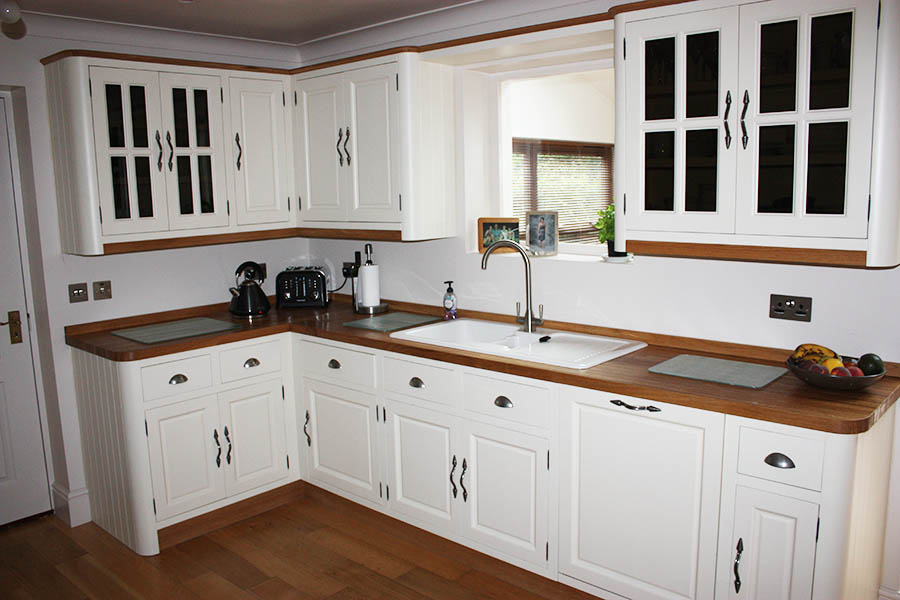 bespoke hand built kitchens